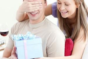 5 δώρα που δεν πρέπει ποτέ να του πάρεις.