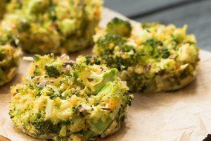 Συνταγή για τυρένιες μπουκιές μπρόκολου