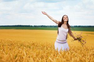 Πώς να είσαι ευτυχισμένη και προσγειωμένη