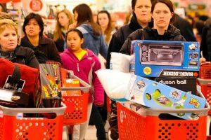 Τι είναι η Black Friday: γιατί είναι η επίσημη μέρα shopping therapy;