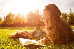 5 λογοτεχνικά βιβλία που έχουν μέσα τους ...δάση!