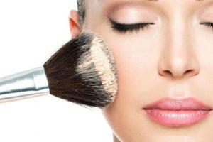 9 make up tricks για να φαίνεσαι 5 χρόνια νεότερη
