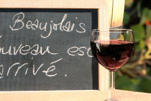 Εποχή για Beaujolais Nouveau (Μποζολέ Νουβώ): το κόκκινο κρασί που λατρεύουν όλοι!