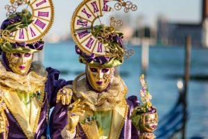 Καρναβάλι: Αυτοί είναι οι 10 καλύτεροι προορισμοί σε Ελλάδα και Ευρώπη για τις απόκριες!
