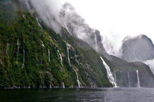 Μίλφορντ Σάουντ: το εντυπωσιακό φιόρδ της Νέας Ζηλανδίας είναι ένα θαύμα της φύσης! (VIDEO)