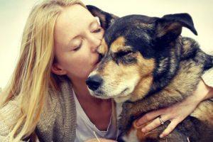 Όσοι έχουν σκύλο δείχνουν 10 χρόνια νεότεροι!